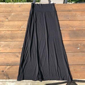 ☀️ 2/$20 Black Maxi Skirt